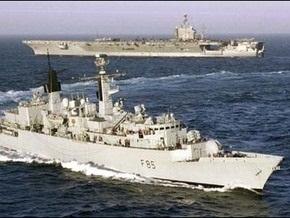 Английский фрегат захватил пиратское судно возле берегов Сомали