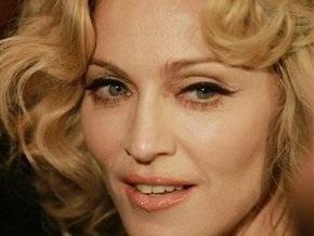 Питерские депутаты подадут в суд на Мадонну за мат
