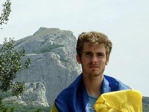 На крымской горе снова вывесили украинский флаг
