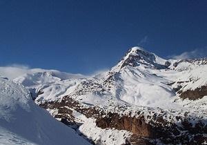 Японские пенсионерки покорили одну из высочайших вершин Кавказа