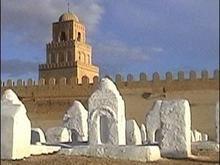 Казаки из Соболя подозреваются в совершении акта вандализма на татарском кладбище в Крыму