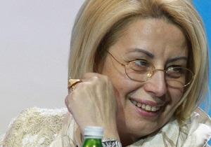 Герман предположила, что чиновники давят на львовских журналистов, чтобы понравиться власти