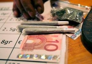Владельцы голландских кофешопов оспорили в суде запрет на продажу марихуаны иностранцам