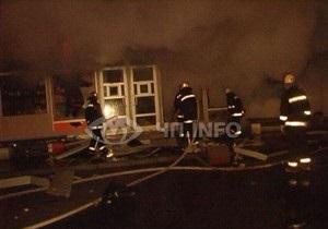Возле метро Лесная в Киеве сгорели два киоска