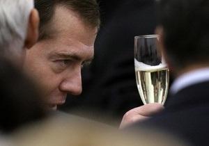 На экономическом форуме в Санкт-Петербурге решили отказаться от крепких напитков