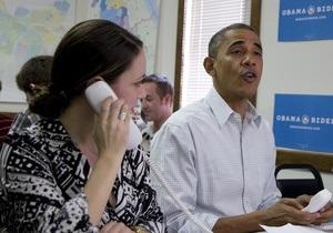 Обама опережает Ромни в колеблющихся штатах - опрос