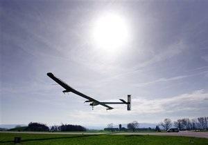 В Швейцарии самолет на солнечных батареях успешно совершил первый длительный полет