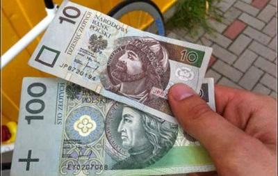 Польша на 10 лет отложила ввод евро - Фото