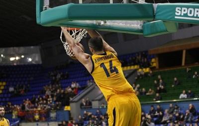 Будивельник разгромил Николаев в последнем матче регулярного чемпионата
