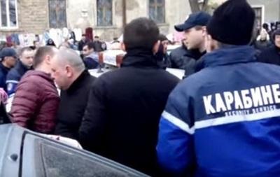 В Одесі побили п яних охоронців, які мало не збили людину