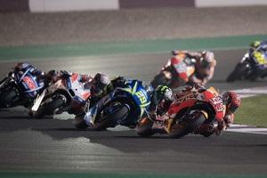 MotoGP: Виньялес выиграл Гран-при Катара, Довициозо - второй, Росси - третий