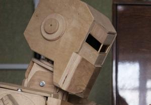 Фотогалерея: Буратино из Запорожья. Украинец создал уникального деревянного робота