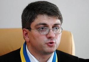 Судья Киреев отказался удалить милицию из зала суда