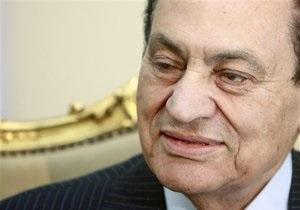 Мубараку запретили покидать Египет