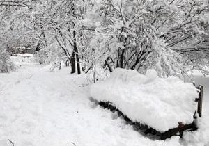 Непогода: в 105 украинских населенных пунктах восстанавливают энергоснабжение