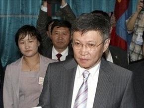 Премьер-министр Монголии упал с лошади