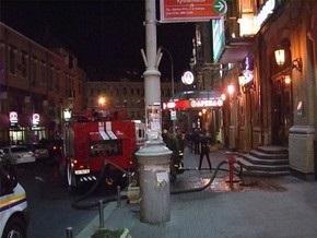 В Киеве на территории развлекательного комплекса Арена-Сити горел фонтан