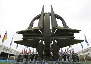 НАТО ожидает отмены приговора Тимошенко
