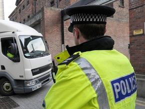 В Британии судят двух школьников, планировавших массовое убийство