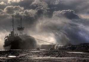 В акватории Черного и Азовского морей объявили штормовое предупреждение