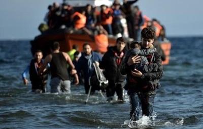 Возле Ливии спасли более 700 мигрантов