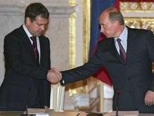 Подавляющее большинство россиян довольны Путиным и Медведевым