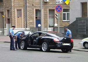 ТаблоID: В центре Киева депутат от БЮТ на Bentley попал в ДТП