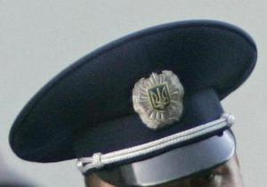 В киевском райотделе милиции задержанный повесился  на шнурке от шортов