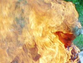 В Житомирской области женщина облила себя бензином и подожгла
