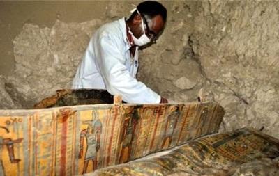 У Єгипті знайшли мумії, яким по 3,5 тисячі років