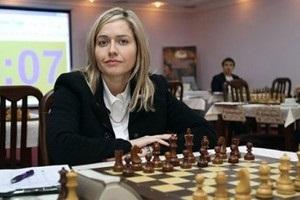 ЧЄ із шахів: українки Жукова і Музичук зіграли внічию між собою
