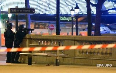 Перестрілка в центрі Парижа: затримано трьох підозрюваних