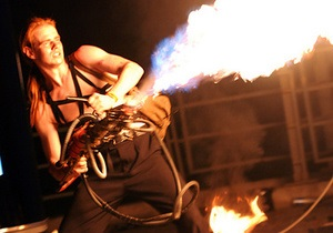 Фотогалерея: Дали жару. Киевский фестиваль огня-2010