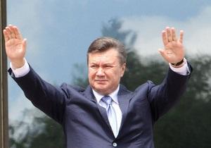 Президент впервые услышал о проведении в школах  урока Януковича