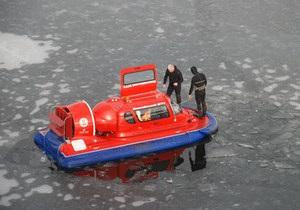 В Николаеве 17-летняя девушка покончила с собой, прыгнув с моста из-за несчастной любви