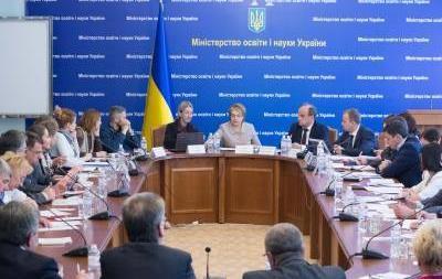 Сразу несколько стран отказались признавать дипломы медицинских институтов Украинского государства