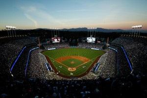 Головкін – Альварес: бій може пройти на бейсбольній арені в Лос-Анджелесі