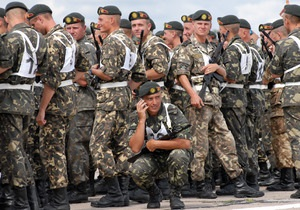 Миротворцы - НАТО и Украина - НАТО предлагает Украине увеличить миротворческие миссии - министр обороны Украины Павел Лебедев