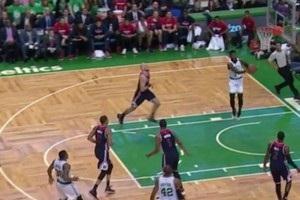 Алей-уп і данк Брауна - найкращі моменти дня в НБА