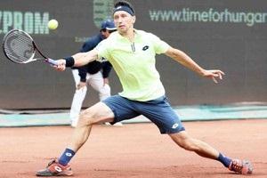 Стаховский пробился во второй круг на турнире в Самарканде