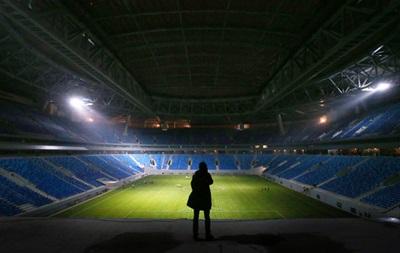 В РФ на новом стадионе отменили матч из-за фекалий