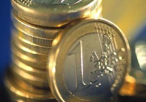 Евро на межбанке незначительно дорожает