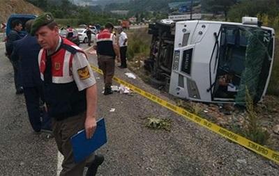 В Турции перевернулся автобус с украинцами: 18 раненых