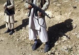 В Пакистане боевики расстреляли автобус с паломниками-шиитами. Погибли 20 человек