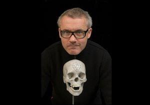 Автор бриллиантового черепа откроет в Лондоне собственную галерею