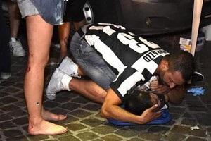 Около 400 фанов Ювентуса пострадало в результате взрыва петарды в Турине