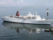 СМИ: В Латвии арестован помощник капитана лайнера Mona Lisa