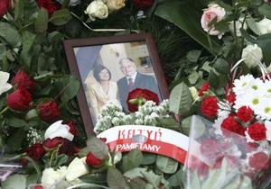 Близкие Леха и Марии Качиньских наотрез отказались переносить похороны