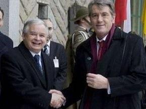 Ющенко, Качиньский и Тополанек обсудили газовую ситуацию