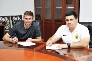 Украинский защитник подписал контракт с Анжи